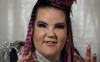 """Finde dich selbst, feier dich selbst"": Netta macht Mut fürs Coming-out"